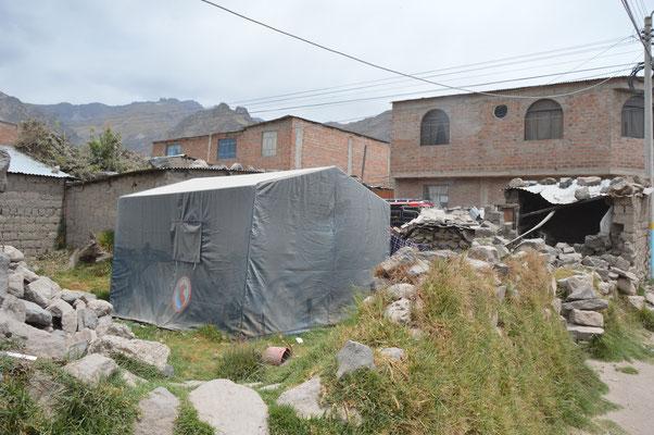 ... viele Mauern und Gebäude eingestürzt