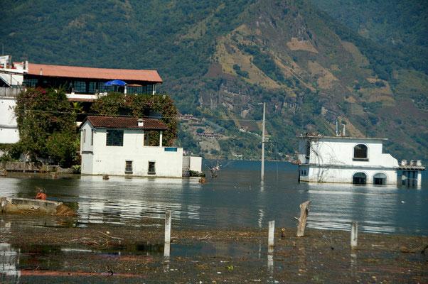Am Lago de Atitlan steigt der Pegel unaufhaltsam