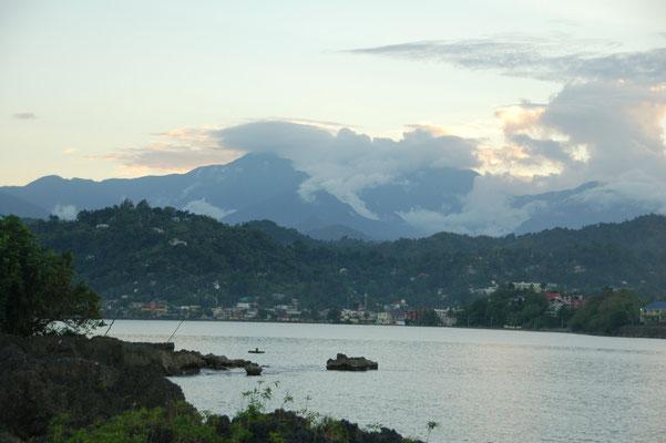 Bucht von Port Antonio, Blick in die bis 2250m hohen Blue Mountains