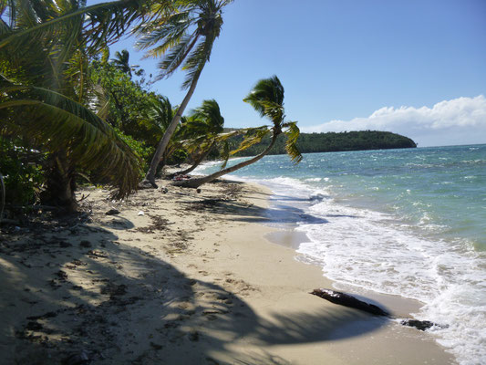 ONE MILE BEACH,  NANANU-I-RA