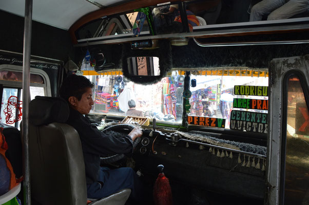 Busfahren in La Paz, ein Abenteuer für sich...