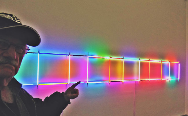 Pedro Meier PhotoArt – Lichtkunst – Light Installations Nr. 05– »Selfie-Art-Project« – Photo 2016 © Pedro Meier Multimedia Artist / ProLitteris – Niederbipp – Bangkok