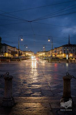 34 - Vista su Piazza Vittorio e la Mole Antonelliana all'ora blu