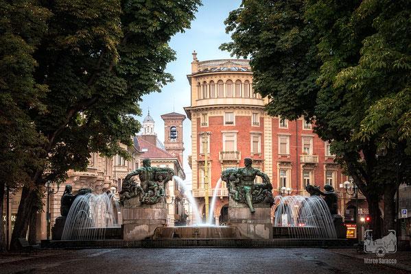 45 - La Fontana Angelica in Piazza Solferino
