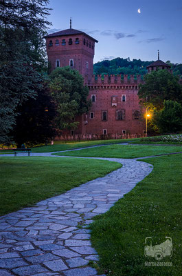 12 - Il Borgo Medievale al chiaro di luna