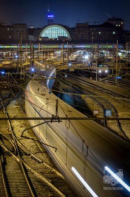 03 - Treno in arrivo alla stazione di Porta Nuova
