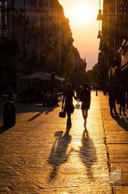 04 - Via Garibaldi al tramonto