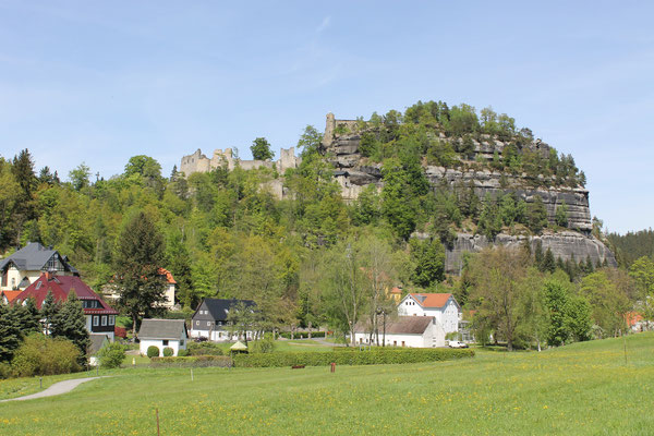 Berg Oybin mit Ruine