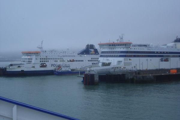 Pride of Kent & Spirit of Britain à Douvres (© lebateaublog 2011)