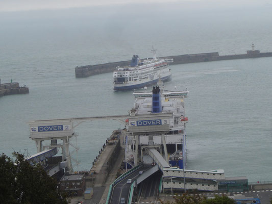 Pride of Calais & Dunkerque Seaways (©lebateaublog2011)