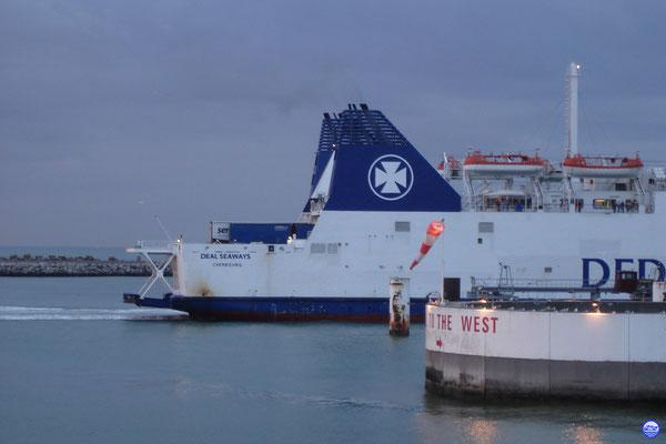 Deal Seaways à Calais (© lebateaublog 2012)
