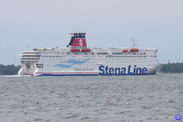Stena Spirit 1988 175,40m/30,80m/39718GT/20n/550vl/1628ml #B494/2 /Stocznia/PL (© lebateaublog 2015)