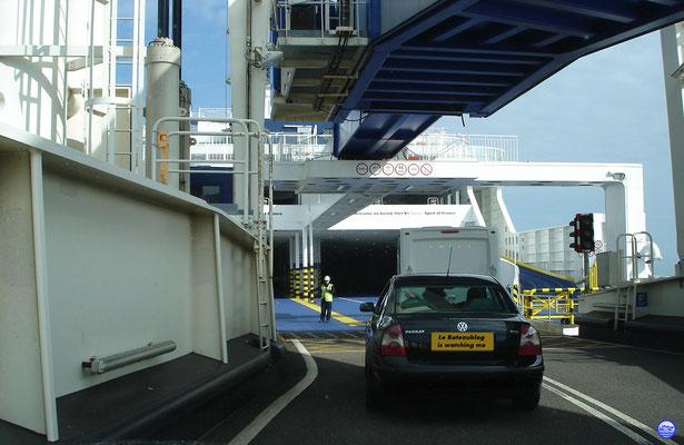 Poste 9 au Dover Ferry Port (© lebateaublog 2012)