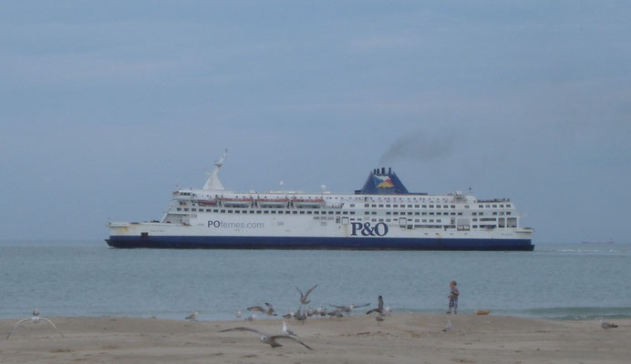 Pride of Calais (2003-2011/P&O Ferries) (© lebateaublog 2011)