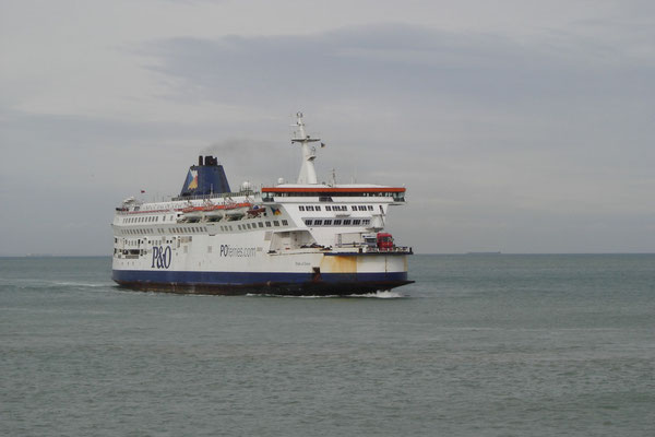 Pride of Dover (2003-2010/P&O Ferries) (© lebateaublog 2010)