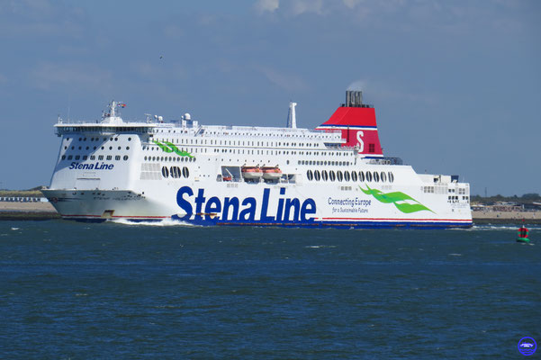 Stena Hollandica 2010 240m/32m/63039GT/22n/5500ml/1200p #164/#159 /Wadan Yards MTW GmbH/D (© lebateaublog 2018)