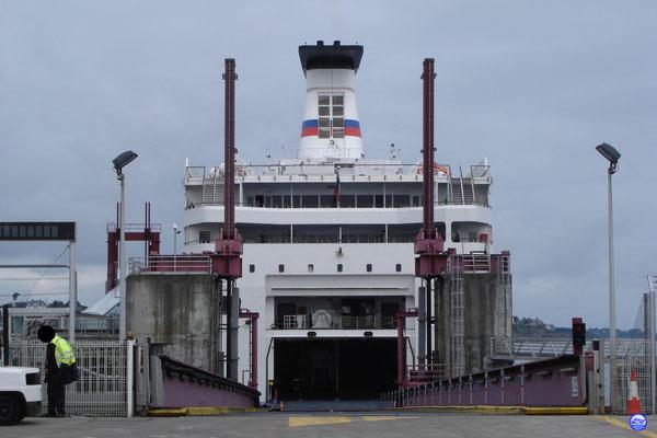 Prêt à embarquer à bord du Bretagne! (© lebateaublog 2012)