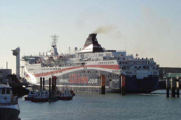 Norman Spirit au Havre (© lebateaublog 2011)