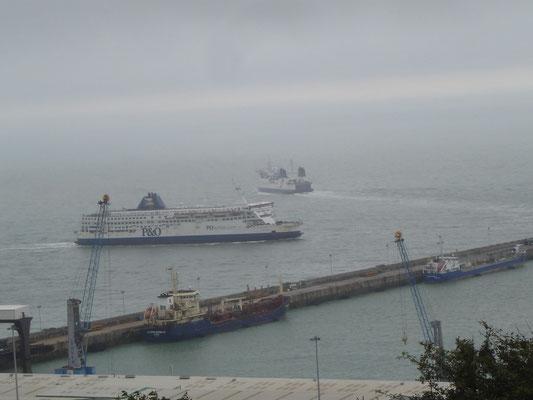 Pride of Calais & Seafrance NPC (©lebateaublog2011)