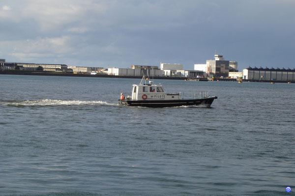 Pilotine de Cherbourg (© lebateaublog 2012)