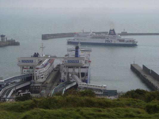 Pride of Calais, Dunkerque Seaways & Pride of Burgundy (©lebateaublog2011)