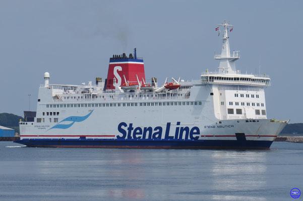 Stena Nautica 1986 135,50m/24,60m/19763GT/18n/1235ml/800p #234/Nakskov Skibsværft A/S /DK (© lebateaublog 2015)
