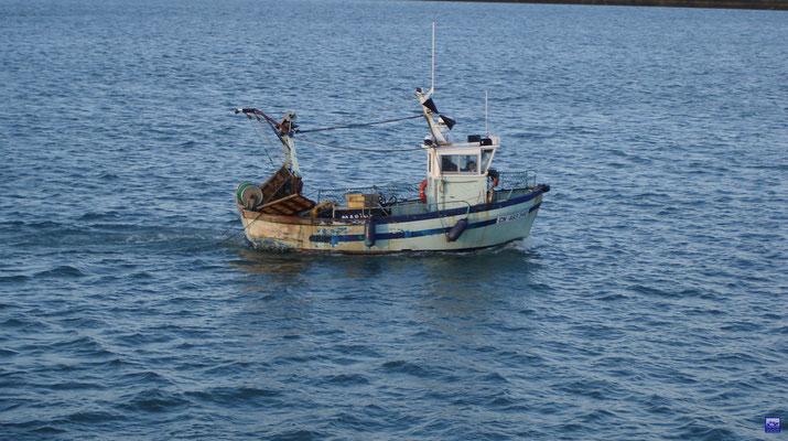 Des pêcheurs qui passent par la (© lebateaublog 2012)