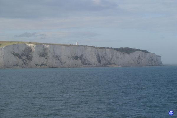 Les blanches falaises de Douvres (© lebateaublog 2012)