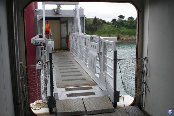 Bretagne Pont 6 - L'accès piéton. (© lebateaublog 2012)