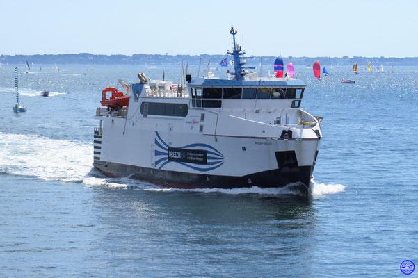 Breiz Nevez I / Lorient-Groix (43,50m-11,5nds-300p-18vl) ©lebateaublog 2019