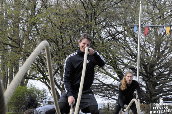 dockfit altona fitness bootcamp hamburg training bestes wetter 012