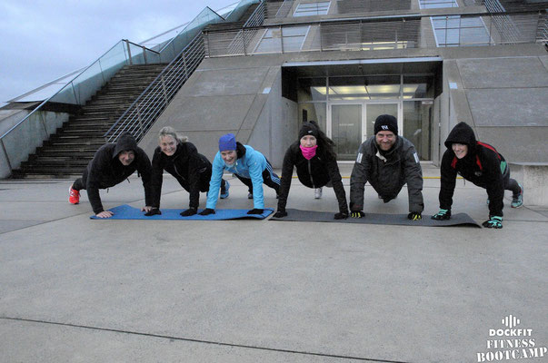 dockfit altona fitness bootcamp hamburg training unsere mitte in Altona