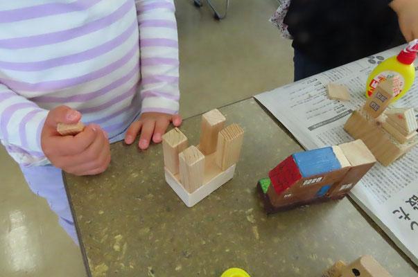 木の端材で好きなものを作ります