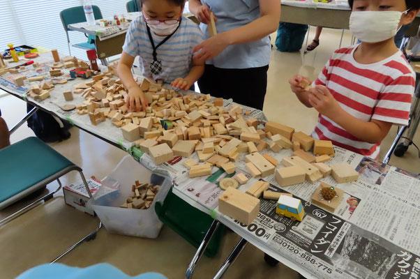 木の家 材木屋さんがスポンサーなので材料使い放題です