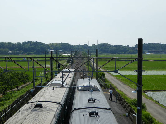 跨線橋から見渡す