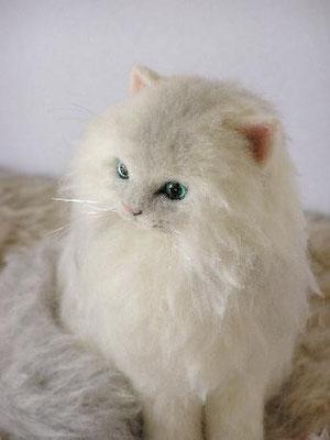 羊毛フェルト猫 ペルシャ チンチラシルバー