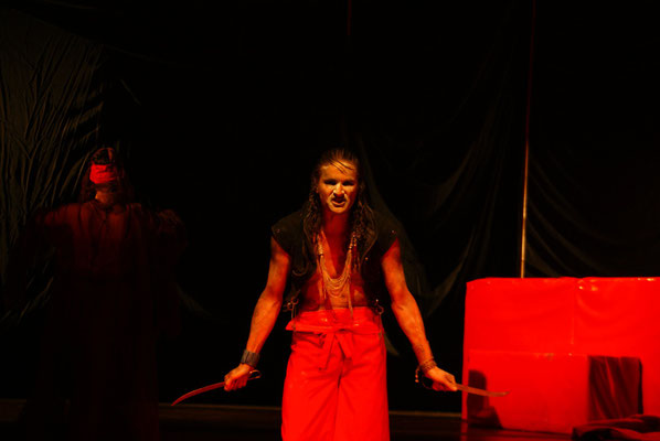 Macbeth (Shakespeare) - Papel: Macbeth 2010