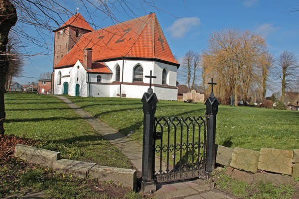 Bergenhusen  Dorfkirche 0177