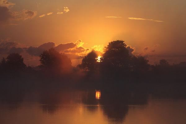Sonnenaufgang an der Eider 0038