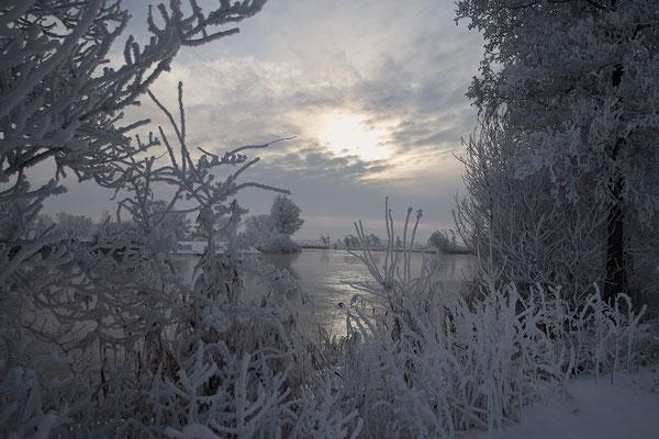 Winterabend an der Eider bei Bargen 0119