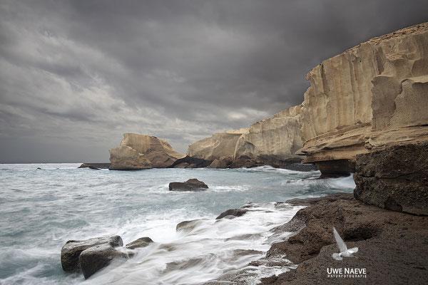 Weiße Felsenkueste bei Tajao 0493