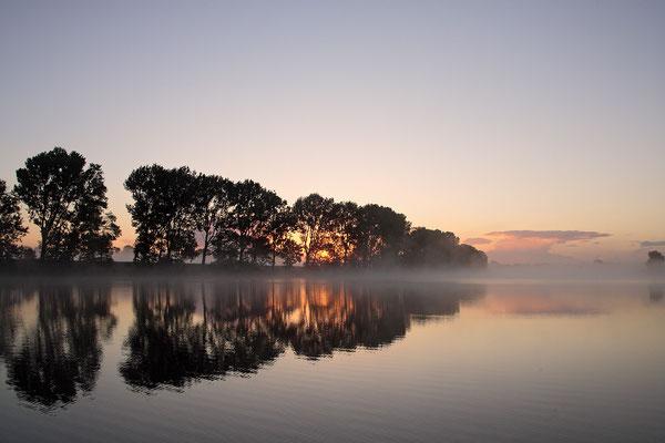 Sonnenaufgang an der Eider 0036