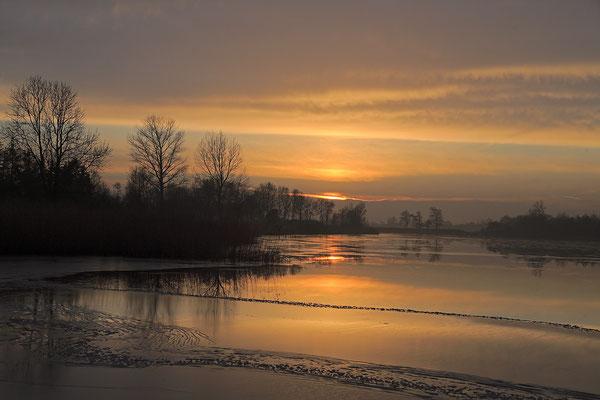 Winterabend an der Eider bei Bargen 0120