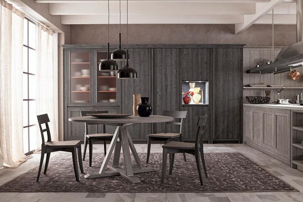 Tisch und Stühle perfekt integriert - sprechen Sie uns an - für unseren Komplettservice sind wir nicht nur im Kempten und Sonthofen bekannt