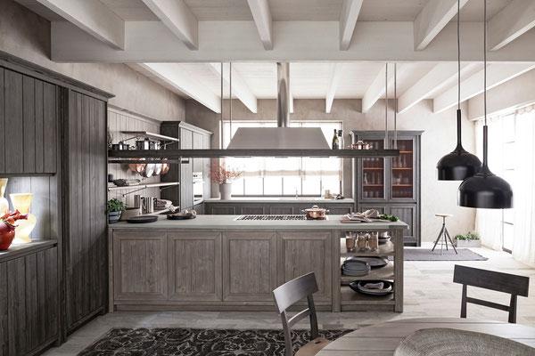 hellgraue Küche aus Massivholz