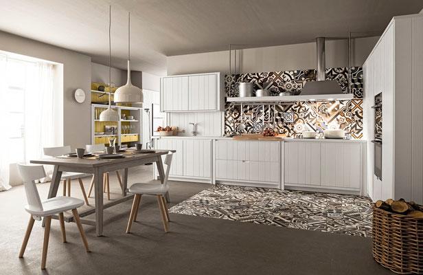 Vollholzküche mit spezieller weißer Lackierung