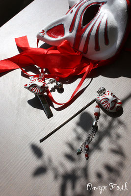 Brooch and hairpin