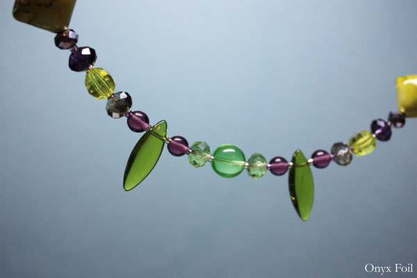 """Green/violet mix"" beaded necklace"