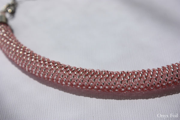 """""""Pink mousse"""" beaded necklace"""