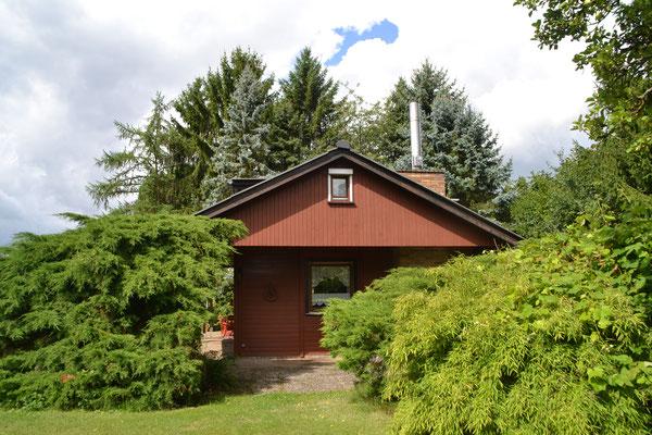 Blick auf das Holzhaus